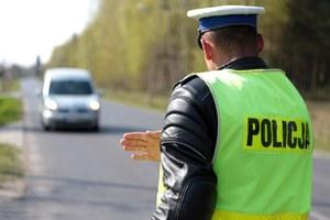 Policja: Młodzi kierowcy jeżdżą źle. Ale starzy jeszcze gorzej!