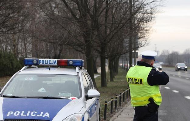 """Policja musi świecić przykładem. A """"świeci"""" najwyżej laserem... / Fot: Stanisław Kowalczuk /East News"""