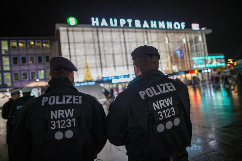 Policja na dworcu w Kolonii /AFP