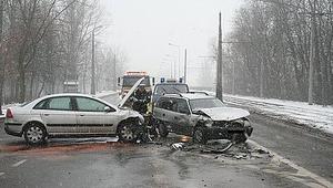 Policja ostrzega! Panują bardzo ciężkie warunki na drogach