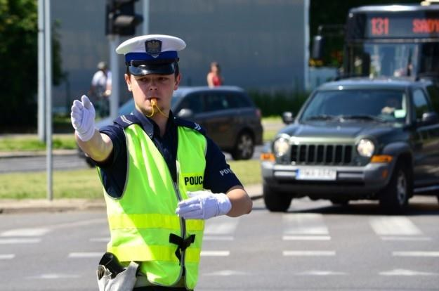 Policja radzi, żeby zwolnić... / Fot: Mariusz Gaczyński /East News
