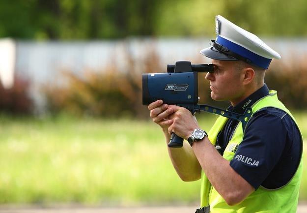 Policja wie, jak walczyć z piratami... / Fot: Stanisław Kowalczuk /East News