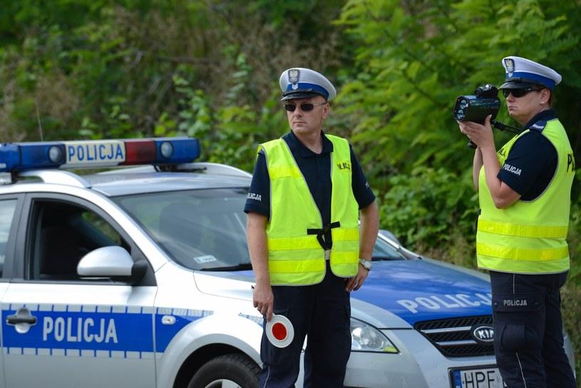 Policjanci powinni już mieć nowe druki mandatów /Adam Staśkiewicz /East News