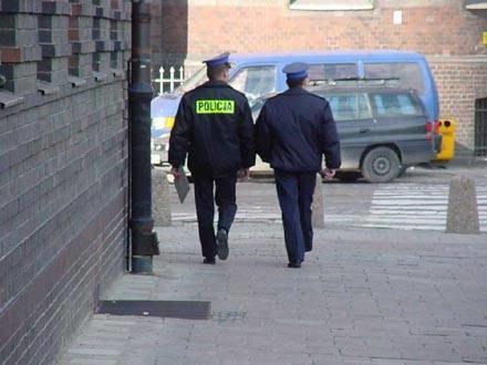 Policjanci protestują przeciwko niskim płacom i złym warunkom pracy /RMF