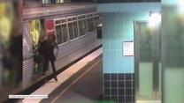 Policjant uratował kobietę, która wpadła pomiędzy pociąg metra a krawędź peronu