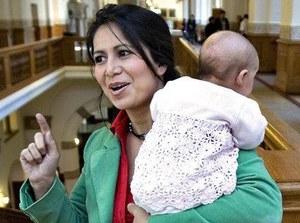 Polka wraca z emigracji z dzieckiem. Co dalej?