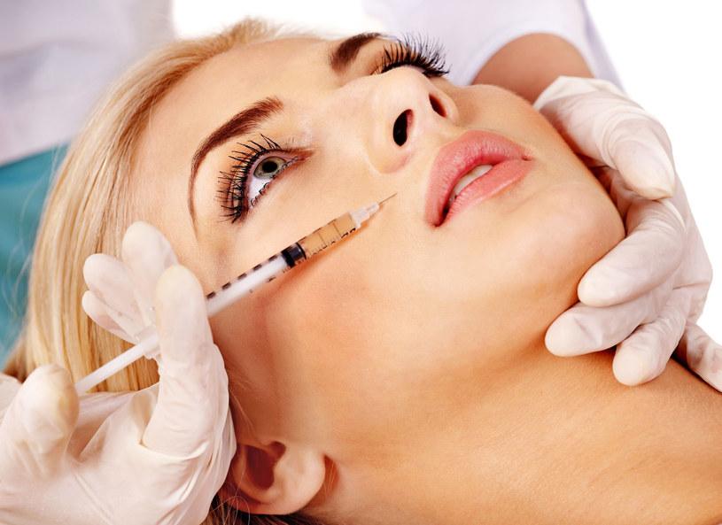 Polki coraz mniej boją się medycyny estetycznej /©123RF/PICSEL