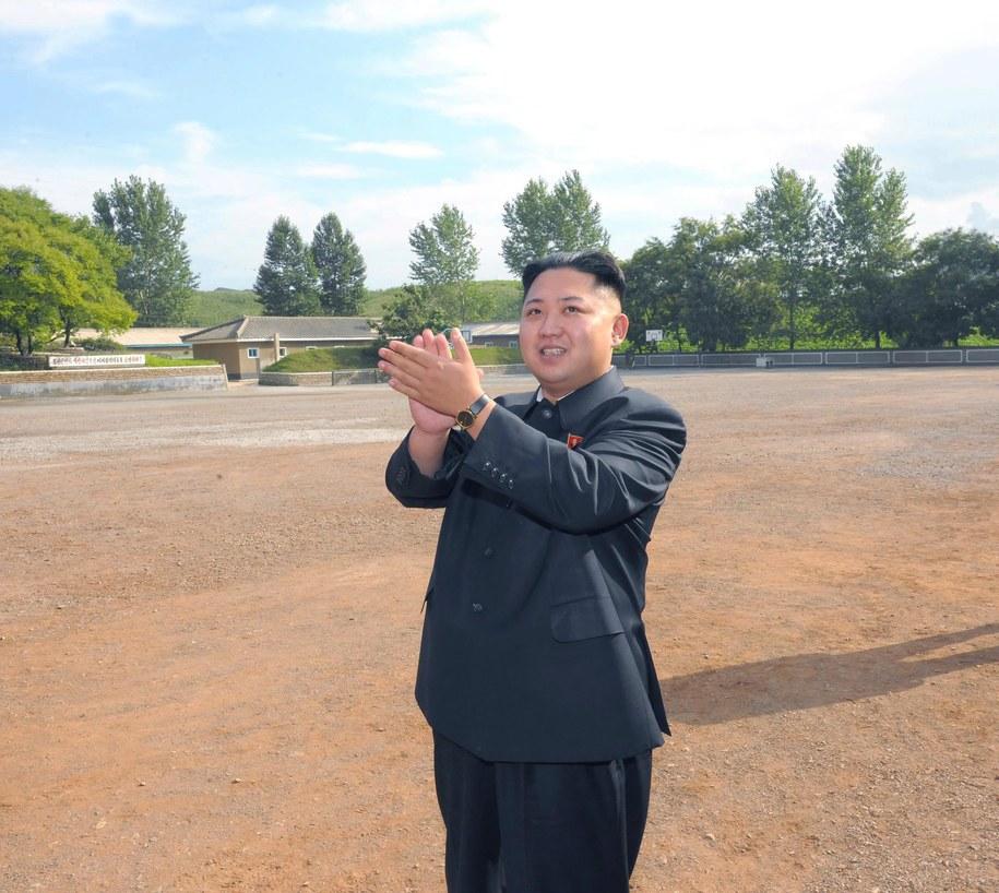 Północnokoreański przywódca Kim Dzong Un /KCNA /PAP/EPA