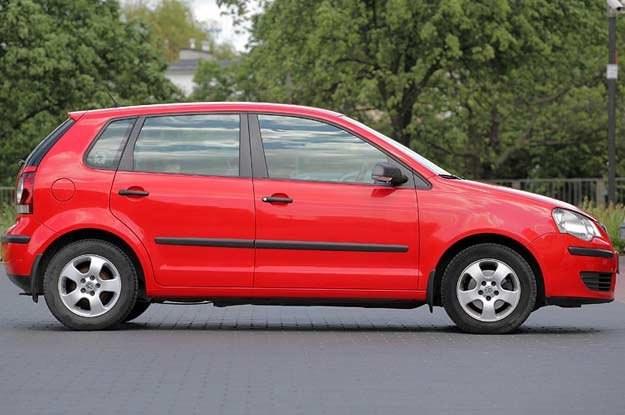"""Polo generacji 9N pojawił się na rynku w roku 2001 /tygodnik """"Motor"""""""