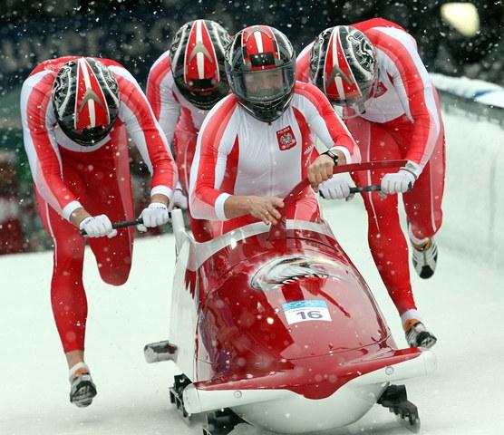 Polscy bobsleiści. Zdjęcie archiwalne z Igrzysk w Vancouver /Grzegorz Momot /PAP