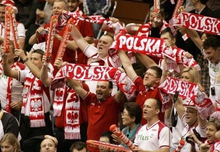 Polscy kibice siatkówki to światowa czołówka /AFP