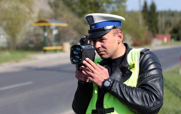 Polscy kierowcy lubią być straszeni... /Piotr Jędzura /Reporter