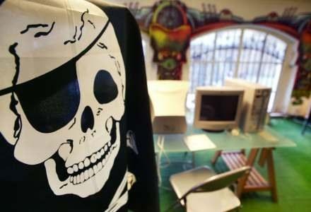 Polscy operatorzy internetowi zapowiadają, że piraci mogą być odcinani od sieci /AFP