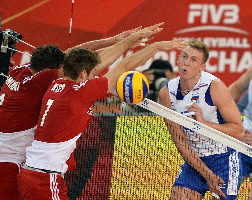Polscy siatkarze podczas meczu z Rosją na MŚ /AFP