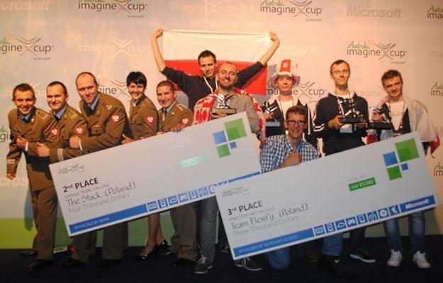 Polscy studenci oraz ich mentorzy startujący w Imagine Cup 2012 /INTERIA.PL