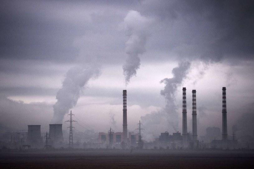 Polska energetyka oparta jest w 90 proc. na węglu /AFP