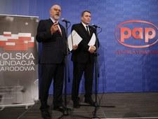"""Polska Fundacja Narodowa """"kaleczy"""" angielski"""