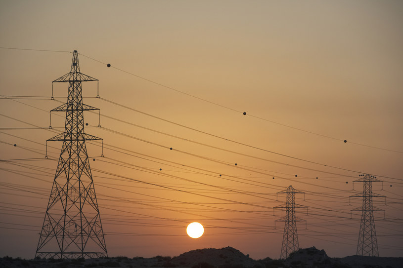 Polska jest największym importerem prądu w regionie /Monkey Business Images /© Glowimages