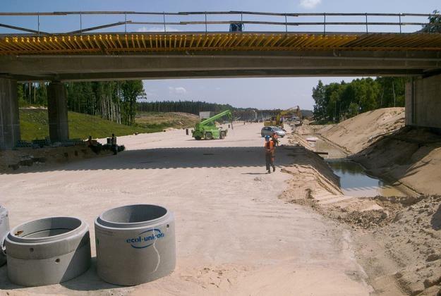 Polska ma kłopoty ze sprawnym budowaniem dróg / Fot: Andrzej Zbraniecki /East News