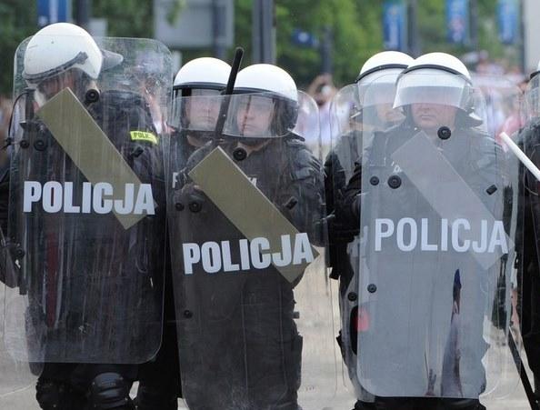 Polska policja - czy powinno się zrobić z nią to samo, co zrobił Saakaszwili w Gruzji? /AFP