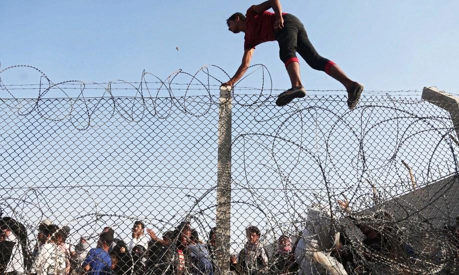 Polska zadeklarowała przyjęcie dwóch tysięcy imigrantów. Zdjęcie ilustracyjne /VELI GURGAH    /PAP/EPA