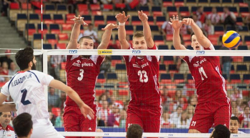 Polski blok (od lewej): Dawid Konarski, Mateusz Bieniek i Rafał Buszek /Grzegorz Michałowski /PAP
