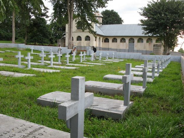 Polski cmentarz w Masindi, 2009 r. /Centrum Dokumentacji Zsyłek, Wypędzeń i Przesiedleń Uniwersytetu Pedagogicznego /