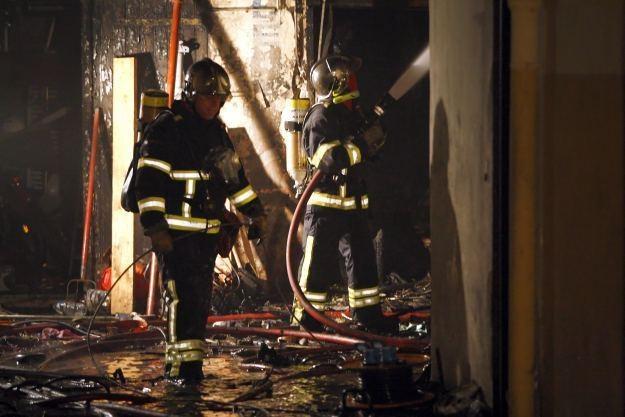 Polski wynalazek może uratować życie wielu ofiar pożarów /AFP