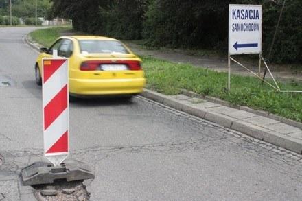 Polskie drogi są niebezpieczne /poboczem.pl