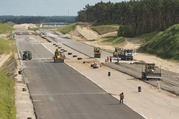 Polskie drogi są rekordowo drogie... / Fot: Piotr Lampkowski /Reporter