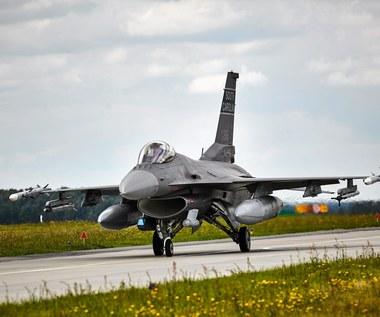 Polskie F-16 powinny włączyć się w działania na terenie Syrii?