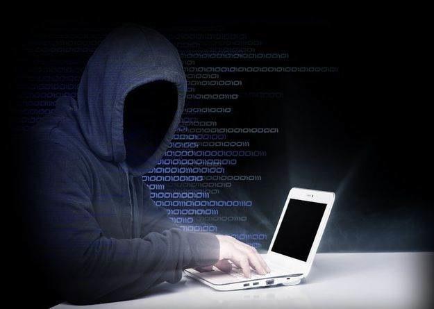 Polskie przedsiębiorstwa zdają się być coraz bardziej świadome grożących im cybernetycznych niebezpieczeństw /123RF/PICSEL
