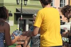 Pomagamy przetrwać upały mieszkańcom Warszawy