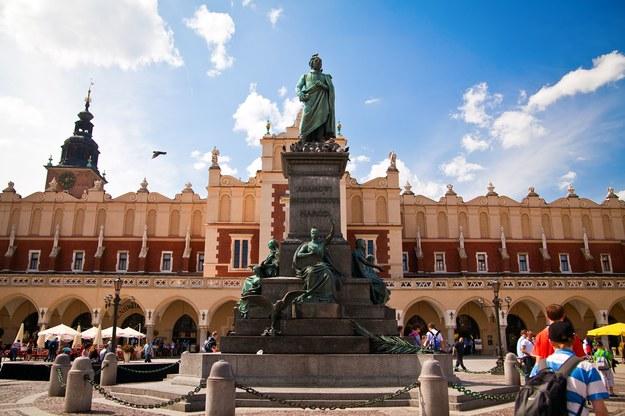 Pomnik Adama Mickiewicz w Krakowie /123/RF PICSEL