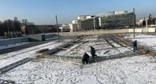 Pomnik smoleński stanie na Placu Piłsudskiego? Ruszyły prace budowlane