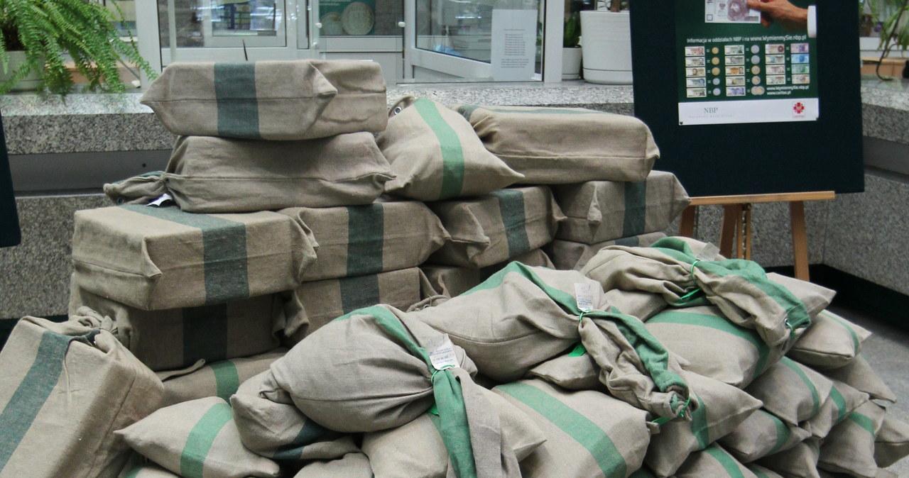 Ponad 3,5 tony starych złotówek na pomoc dzieciom
