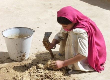 Ponad półtora miliona sierot to mali Afgańczycy/Fot. Bogumiła Piekut /