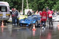 Ponad setka kierowców na starcie wyścigu górskiego w Limanowej