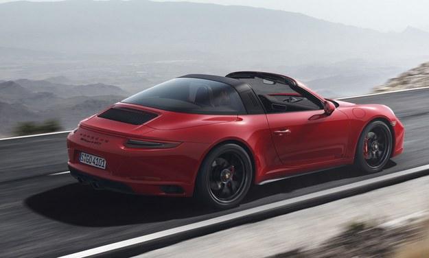 Porsche 911 Targa GTS /Porsche