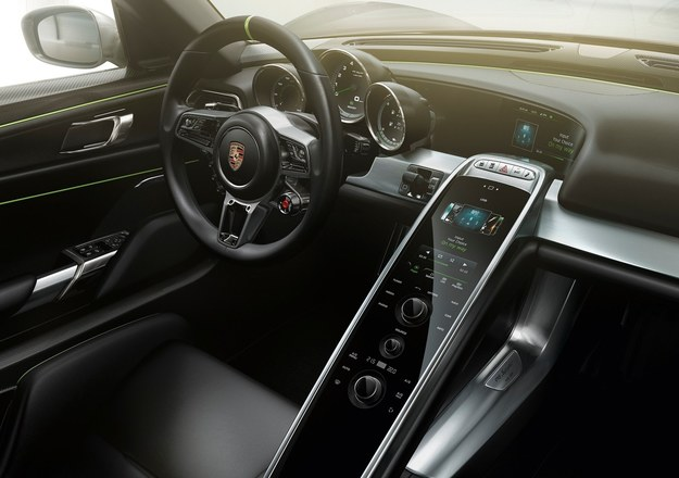 Porsche 918 Spyder /Porsche