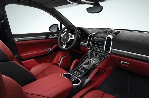 Porsche cayenne turbo S /