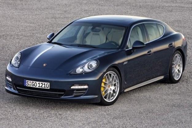 Porsche ogłosiło akcję nawrotową modelu panamera /