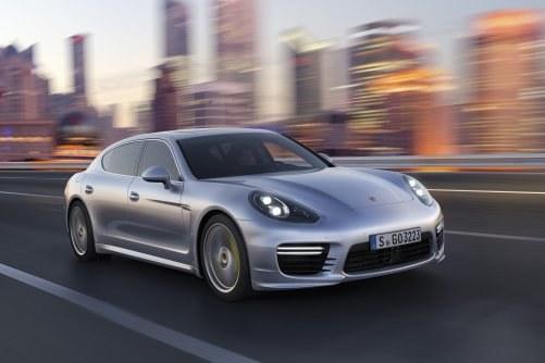 Porsche Panamera /Porsche