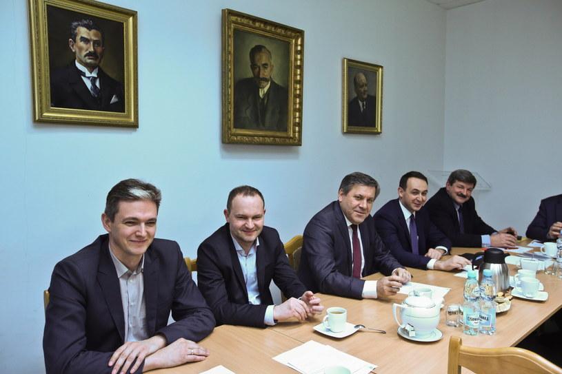 Posiedzenie Naczelnego Komitetu Wykonawczego PSL, pierwszy z lewej - Adam Jarubas /Rafał Guz /PAP