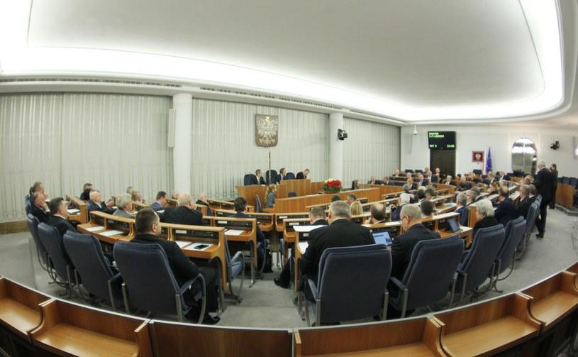 Posiedzenie Senatu, zdj. ilustracyjne /STANISLAW KOWALCZUK /East News