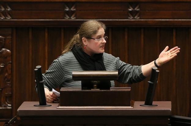Posłanka PiS Krystyna Pawłowicz podczas wystąpienia w Sejmie, fot. Leszek Szymański /PAP