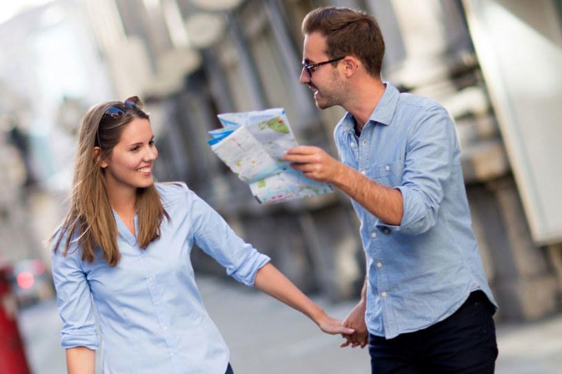 Poszukiwaczy walentynkowych inspiracji zachęcamy do poznawania romantycznych miejsc na mapie świata /123RF/PICSEL