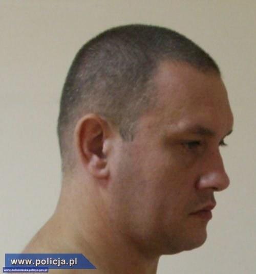 Poszukiwany to 36-letni Jacek Leszczyński /Policja