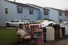 Potrzeba setek tysięcy nowych domów po przejściu Sandy