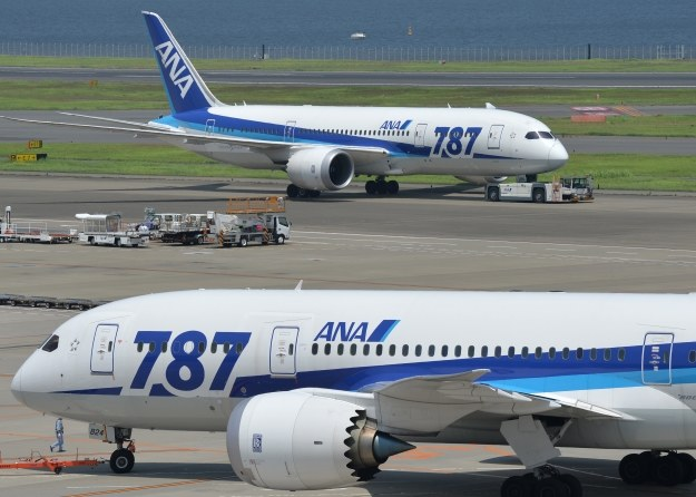 Poważne problemy z bateriami miały Boeingi linii All Nippon Airways /AFP